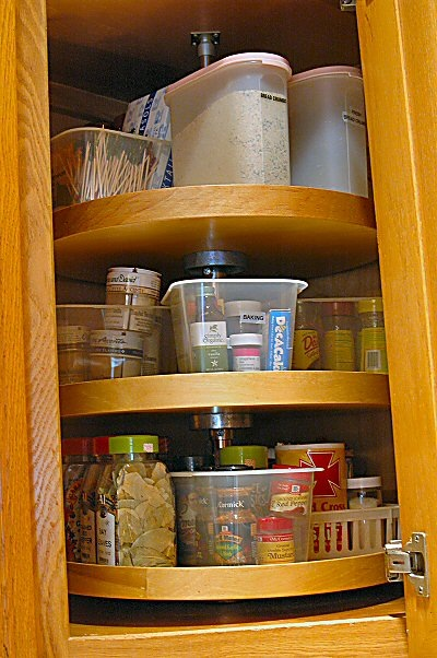 Organizing the domestic diva 39 s disasters - How to organize a lazy susan cabinet ...