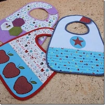 appliqued-baby-bibs-free-pattern